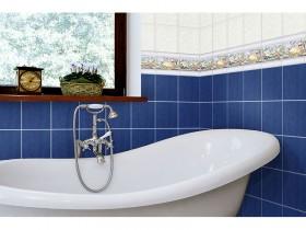 Ambiente cuarto de baño con cenefa